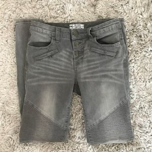 Free People Button Fly Zipper Ankle Jean